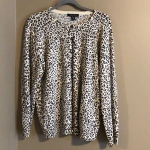 Sweaters - Leopard print button up sweater